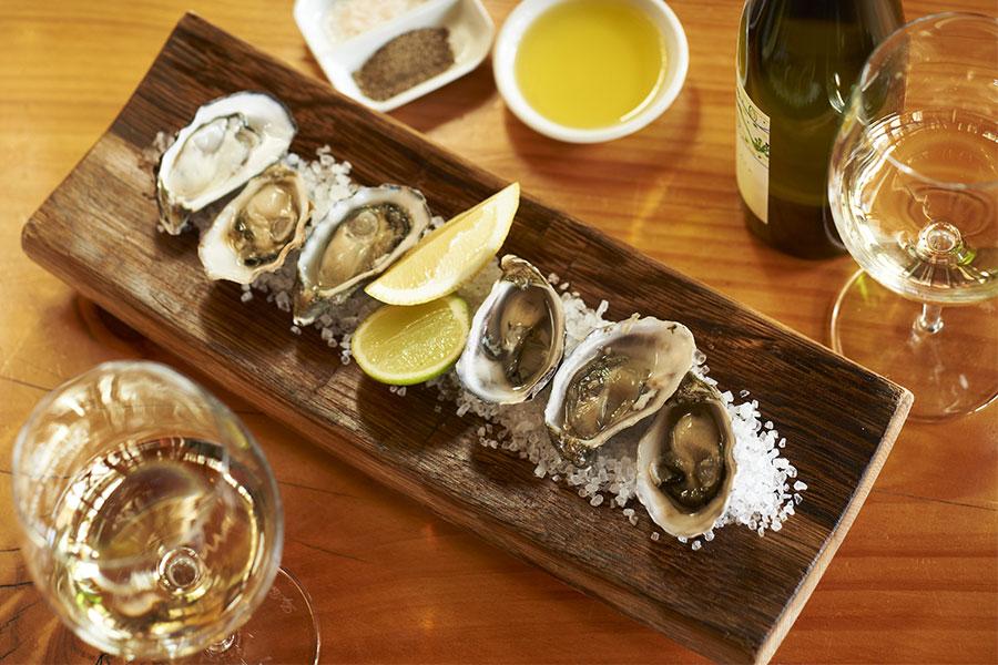 Oysters-lunch-Leeuwin-Estate-Winery-Margaret-River